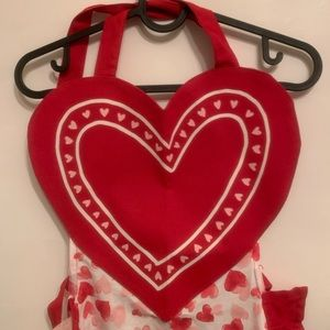 Kohl's Other - Valentine's Day Heart apron from Kohl's ❤︎